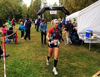 Eva Lindskog vid varvning i Västerås. Foto: Fredrik Henriksson