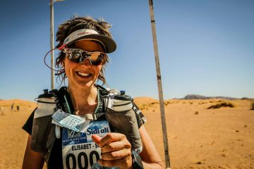 Elisabet Barnes vid Marathon des Sables 2016. Foto: Steve Diederich, www.runultra.co.uk.